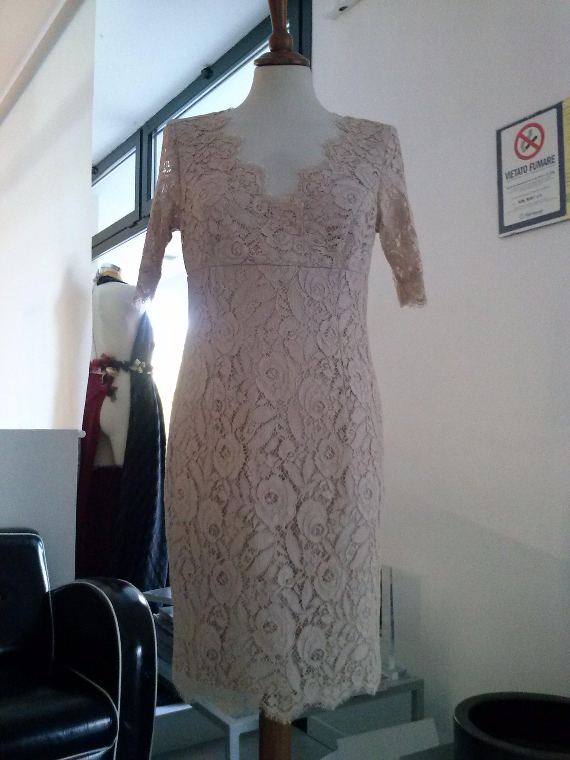 Realizzazione abiti da cerimonia donna a Oderzo Treviso - Atelier Eva 6b6654899ce